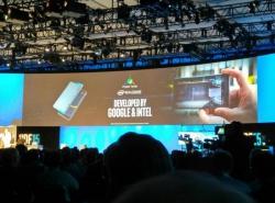 На конференции IDF 2015 был показан планшетофон Project Tango с 3D-камерой RealSense