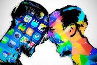 WSJ: Apple сделкой Foxconn и Sharp хочет выбить почву из-под Samsung