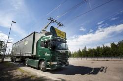 Scania показала гибридный 9-тонный грузовик, который мечтает стать троллейбусом