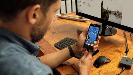 Microsoft разрабатывает смартфон Surface Mobile