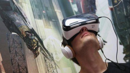 Следующий шлем Samsung Gear VR получит дисплей плотностью 2000 ppi