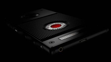 RED выпустит смартфон за 1200 долларов с «голографическим дисплеем»