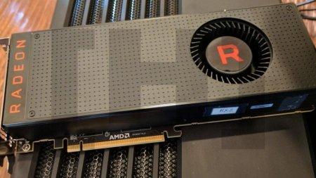 Появилась первая фотография референсной версии Radeon RX Vega