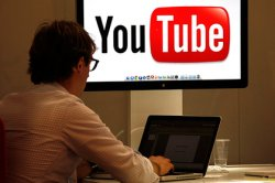 «ВКонтакте» и YouTube заполонила реклама магазина наркотиков в Tor