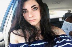 Заваленная интимными фото американка пожаловалась матерям извращенцев