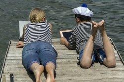 Французы предложили вычислять подростков-геев с помощью шпионского приложения