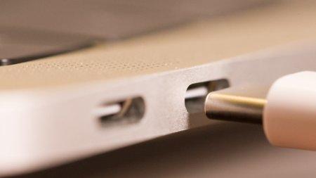 Опубликованы спецификации USB 3.2