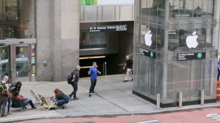 В США у поддельного Apple Store выстроилась очередь за iPhone X