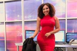 Тесное платье телеведущей рассорило пользователей соцсетей