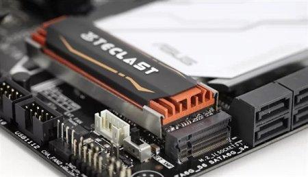 Быстрые SSD-накопители Plextor M9Pe выйдут в 2018 году