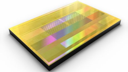 Samsung выпустила самые быстрые микросхемы памяти HBM2