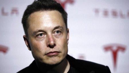 Tesla перестанет платить зарплату Илону Маску