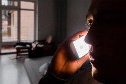 Владельцам умирающих телефонов позволили поболтать