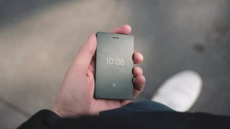 Смартфон Light Phone 2 получил дисплей E-Ink
