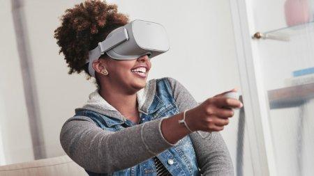Facebook выпустит автономный VR-шлем Oculus Go в мае