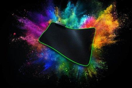 Мягкий коврик для мыши Razer Goliathus получил подсветку Razer Chroma