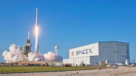 Илон Маск предложил сажать вторую ступень ракеты с помощью надувных шаров