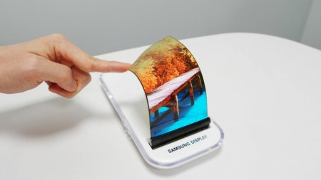 Samsung отправила гибкие экраны для смартфонов Xiaomi и Oppo