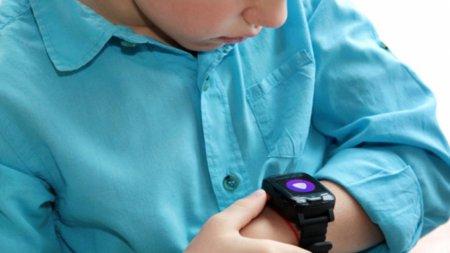 Компания Elari выпустила умные часы с «Алисой»