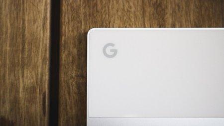 Первые изображения планшета с клавиатурой Google Pixelbook (Nocturne)