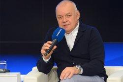 Киселев разразился колонкой об «отвратительной мерзости» Киркорова и Баскова