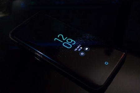 «Отец Android» готовит смартфон с несколькими искусственными интеллектами