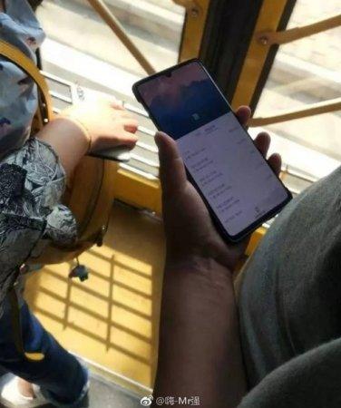 Первые фото игрового смартфона Huawei Mate 20X