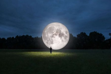 В Китае собираются запустить «искусственную луну» для освещения улиц