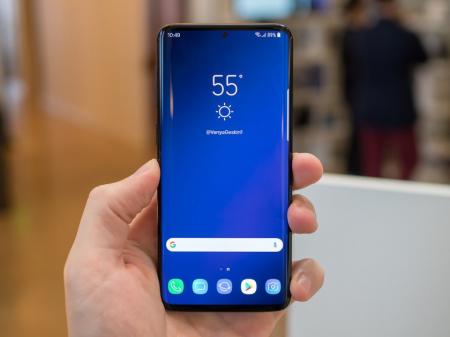 Samsung Galaxy S10 лишится сканера сетчатки