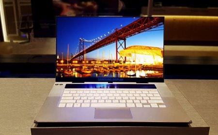 Samsung готовится к производству 4K OLED-дисплеев для ноутбуков
