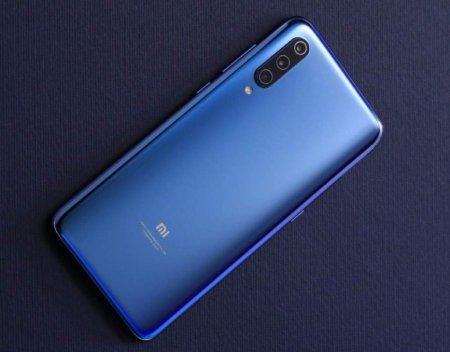 Опубликованы официальные фото флагманского смартфона Xiaomi Mi 9