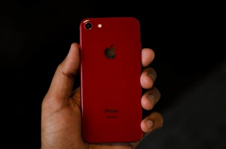В 2020 году Apple может перевыпустить iPhone 8 с новым железом