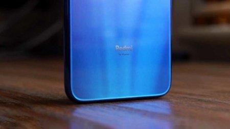 Флагманский смартфон Redmi 855 получит возможность разгона GPU