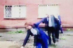 Исчезновение видео падения российского мэра в лужу объяснили грозой