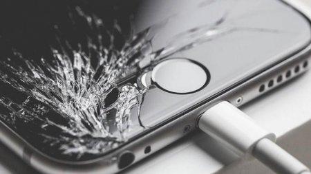 Apple разрешила ремонтировать iPhone в неофициальных сервисных центрах