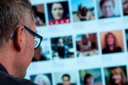 Любителям онлайн-знакомств дали рекомендации по правильному флирту