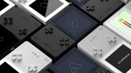 Портативную ретро-консоль Analogue Pocket перенесли на май 2021 года