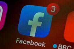 Facebook удалил рекламу вакансий наркокурьеров