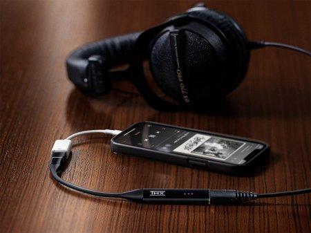 Razer представила Onyx — ЦАП с усилителем для смартфонов и компьютеров