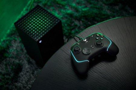 Razer представила обновлённый контроллер Wolverine V2 с RGB-подсветкой Chroma и дополнительными кнопками