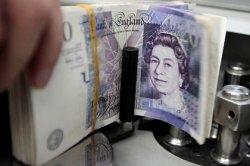 Женщина запретила мужу брать деньги с ее банковского счета после одного случая