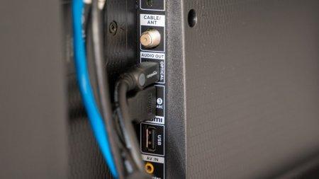 Исследование показало, что HDMI- и антенные кабели не имеют необходимой защиты от помех